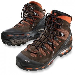 Are Men's Hiking Boots Different from Women's Hiking Boots?
