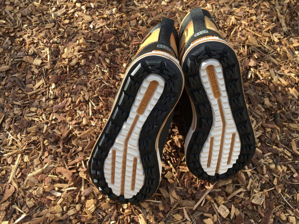 Rubber outsoles with excellent traction.